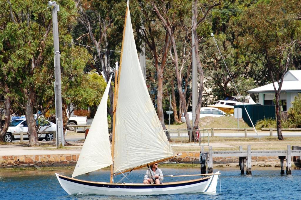 Tirrik sailing