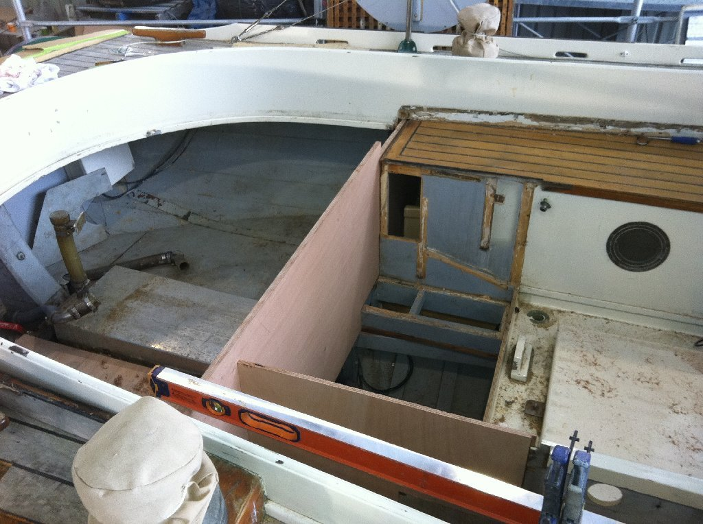 new cockpit for a couta boat